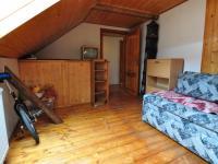 Podkroví - pokoj I. (Prodej domu v osobním vlastnictví 140 m², Třebenice)