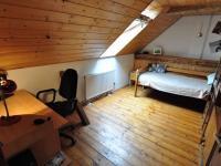 Podkroví - pokoj II. (Prodej domu v osobním vlastnictví 140 m², Třebenice)