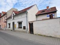 Domek z ulice (Prodej domu v osobním vlastnictví 140 m², Třebenice)