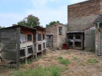Dvůr (Prodej domu v osobním vlastnictví 85 m², Dolánky nad Ohří)
