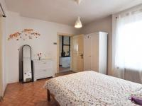 Hlavní ložnice a dveře na chodbu - Prodej domu v osobním vlastnictví 180 m², Litoměřice