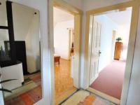První patro - vlevo ložnice, vpravo pokojík - Prodej domu v osobním vlastnictví 180 m², Litoměřice