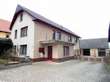 Prodej domu v osobním vlastnictví 135 m², Štětí