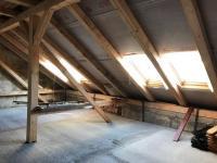 Půdní prostor (Prodej domu v osobním vlastnictví 576 m², Nové Město pod Smrkem)