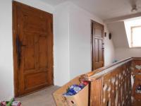 Chodba v patře (Prodej domu v osobním vlastnictví 164 m², Dolní Řasnice)