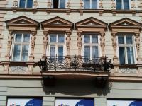Pohled na dům (Pronájem bytu 4+1 v osobním vlastnictví 83 m², Liberec)