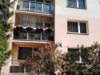 Pohled na dům (Prodej bytu 3+1 v osobním vlastnictví 70 m², Liberec)