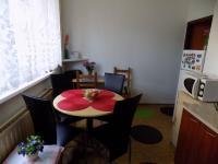 Kuchyň (Prodej bytu 3+1 v osobním vlastnictví 70 m², Liberec)