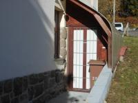 samostatný vchod do bytu (Prodej bytu 3+kk v osobním vlastnictví 90 m², Liberec)