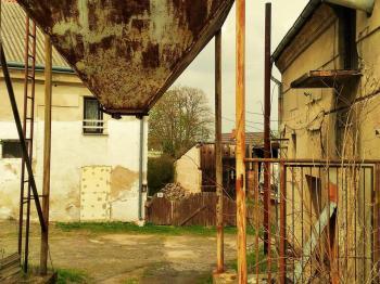 nádrž na piliny - Pronájem výrobních prostor 200 m², Bradlec