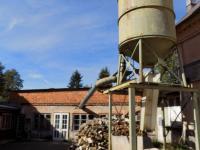 zásobník piliny - Prodej komerčního objektu 3259 m², Osečná