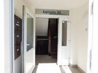 hlavní vchod - Prodej bytu 2+kk v družstevním vlastnictví 44 m², Liberec