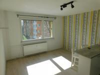 pokoj (pohled od dveří) - Prodej bytu 2+kk v družstevním vlastnictví 44 m², Liberec