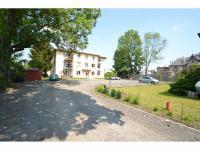 Bytový dům (Prodej bytu 1+kk v osobním vlastnictví 49 m², Nučice)