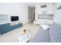 Prodej bytu 1+kk v osobním vlastnictví 38 m², Praha 10 - Horní Měcholupy