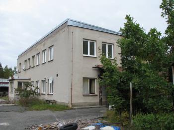 Prodej komerčního objektu 550 m², Chrást