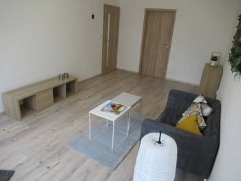 Celkový pohled do obývacího pokoje - Prodej bytu 2+1 v družstevním vlastnictví 53 m², Milevsko