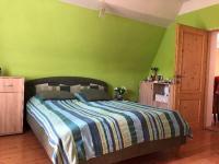 ložnice - Prodej domu v osobním vlastnictví 380 m², Chodov