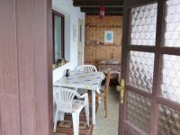 vchod (Prodej chaty / chalupy 33 m², Cheb)