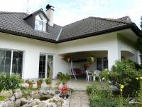 terasa (Prodej domu v osobním vlastnictví 451 m², Františkovy Lázně)