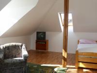 ložnice 1. patro (Prodej domu v osobním vlastnictví 451 m², Františkovy Lázně)