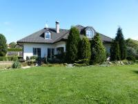 pohled ze zahrady (Prodej domu v osobním vlastnictví 451 m², Františkovy Lázně)