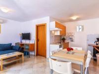 obývací pokoj s kuch.koutem (Prodej bytu 3+kk v osobním vlastnictví 58 m², Medulin)