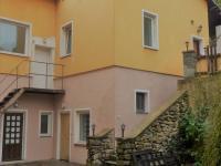 Prodej nájemního domu 2500 m², Horní Slavkov
