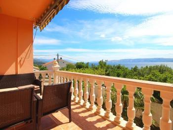 příjemný relax s pohledem na moře - Prodej domu v osobním vlastnictví 128 m², Novi Vinodolski