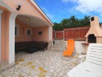 příjemné zázemí (Prodej domu v osobním vlastnictví 128 m², Novi Vinodolski)