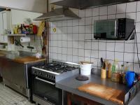 vybavení kuchyně v nerezu - Prodej domu v osobním vlastnictví 360 m², Krásná