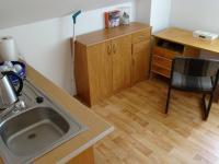 zázemí pokojů - Prodej domu v osobním vlastnictví 360 m², Krásná