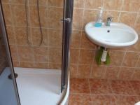 každý pokoj má wc i sprchový kout - Prodej domu v osobním vlastnictví 360 m², Krásná