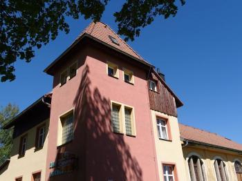 pokoje penzionu Sokolovna - Prodej domu v osobním vlastnictví 360 m², Krásná