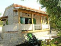 obklopeno přírodou (Prodej chaty / chalupy 60 m², Novi Vinodolski)