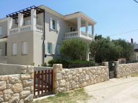 opravdu zajímavá vila - Prodej domu v osobním vlastnictví 265 m², Košljun