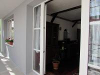pohled z lešní na novou fasádu (Prodej bytu 3+kk v osobním vlastnictví 58 m², Cheb)