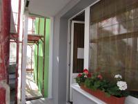 kombinace pěkných barev na nové fasádě (Prodej bytu 3+kk v osobním vlastnictví 58 m², Cheb)