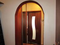 vchod ze šatny do obýváku (Prodej bytu 3+kk v osobním vlastnictví 58 m², Cheb)