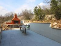K dispozici společné zázemí domu (Prodej bytu 3+1 v osobním vlastnictví 66 m²)