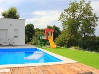 ideální vyžítí rodiny (Prodej domu v osobním vlastnictví 120 m², Crikvenica)