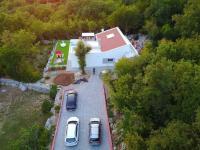 dostatek parkovacích míst (Prodej domu v osobním vlastnictví 120 m², Crikvenica)