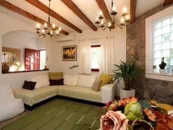 Útulný interiér - Prodej domu v osobním vlastnictví 133 m², Primošten