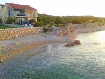 přístup přímo na pláž - Prodej domu v osobním vlastnictví 118 m², Ždrelac