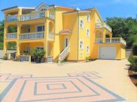 veliká moderní vila s vybavením (Prodej domu v osobním vlastnictví 320 m², Crikvenica)