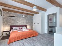 Prodej domu v osobním vlastnictví 200 m², Pazin