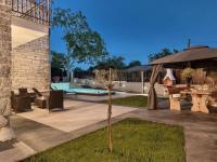 fantastické zázemí (Prodej domu v osobním vlastnictví 200 m², Pazin)