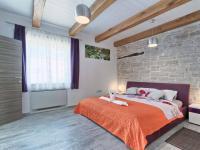 prostor pro spaní je opravdu bohatý (Prodej domu v osobním vlastnictví 200 m², Pazin)