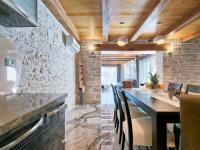 jídelní kout pro největší gurmány (Prodej domu v osobním vlastnictví 200 m², Pazin)