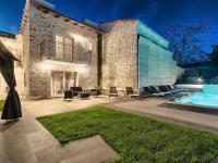 kamenný istrijský skvost (Prodej domu v osobním vlastnictví 200 m², Pazin)